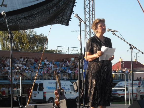 """Mrs. Edith K Lauer giving a speech at the """"Mass protest"""" under the slogan, """"We stand up for our rights,"""" at the DAC stadium in Dunaszerdahely (Dunajská Streda), Slovakia on September 1, 2009"""