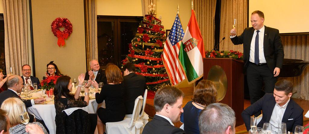 Ambassador Ferenc Kumin delivering a toast