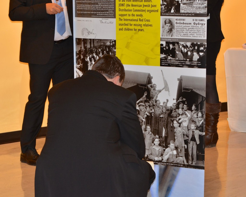 Holocaust in Hungary Exhibit at the United Nations - Photo by: Babette Rittmeyer/Lantos Foundation