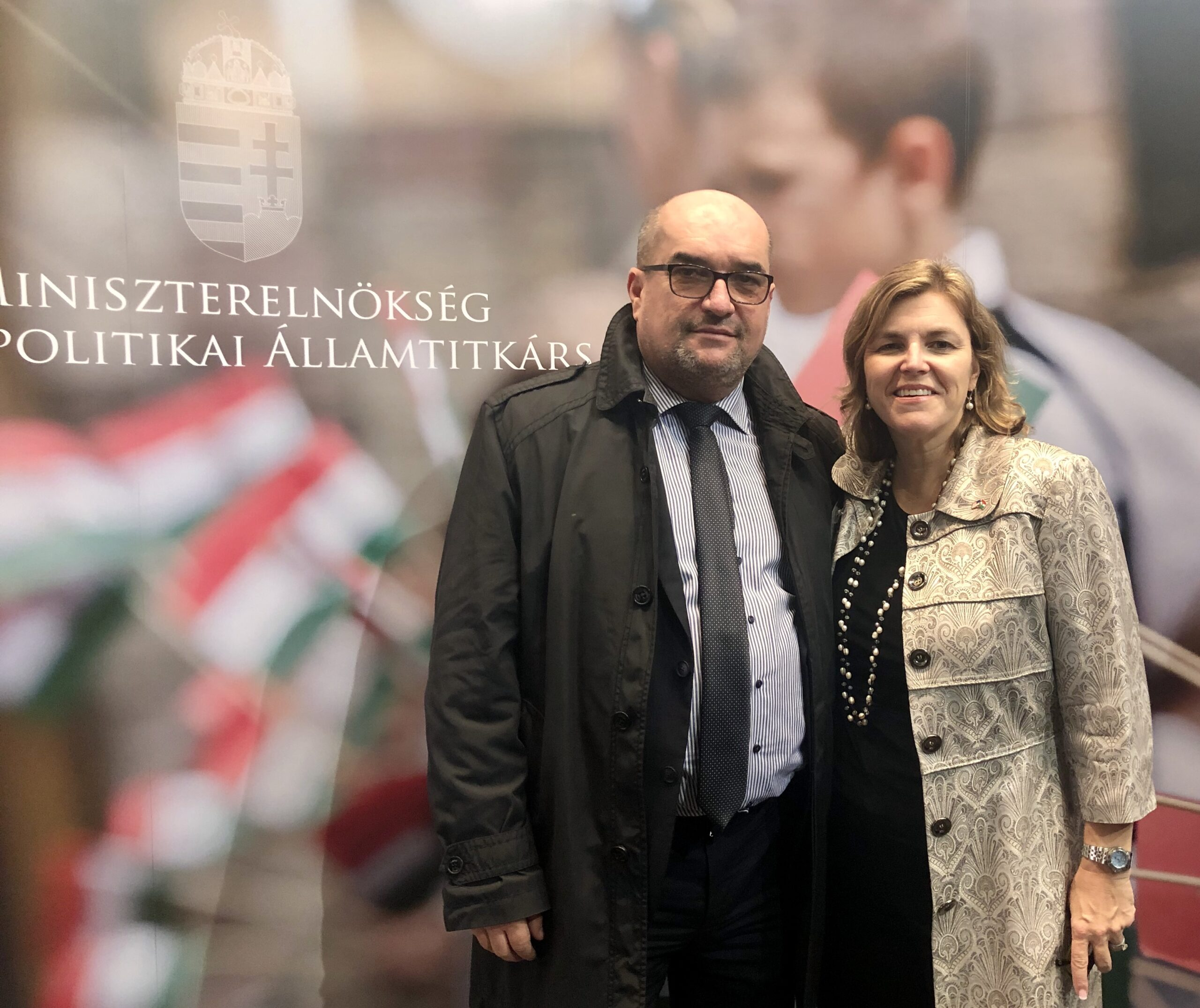 Coalition President Andrea Lauer Rice with Dr. László Brenzovics at the Hungarian Standing Conference (MÁÉRT) in November 2019