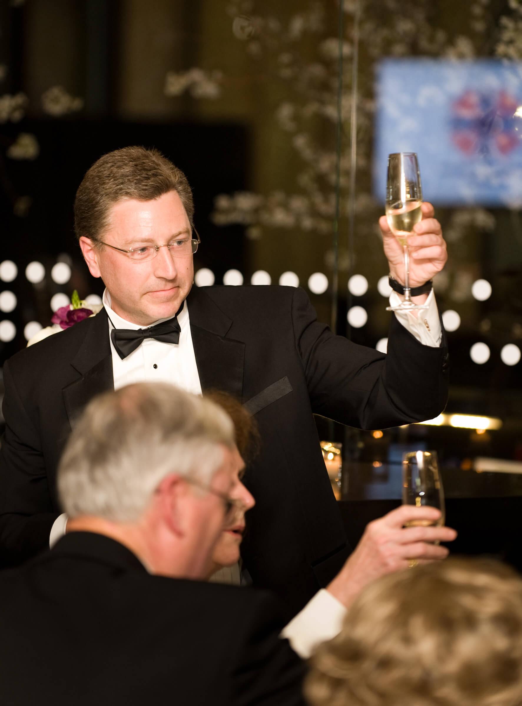 Ambassador Kurt Volker delivering a toast