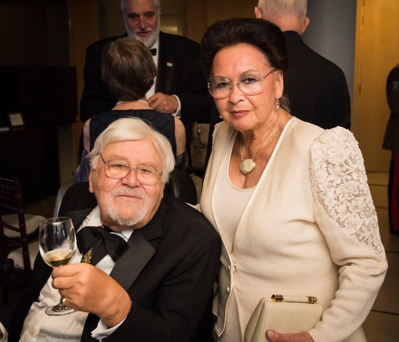 Mr. László Böjtös, Mrs. Georgianna Böjtös