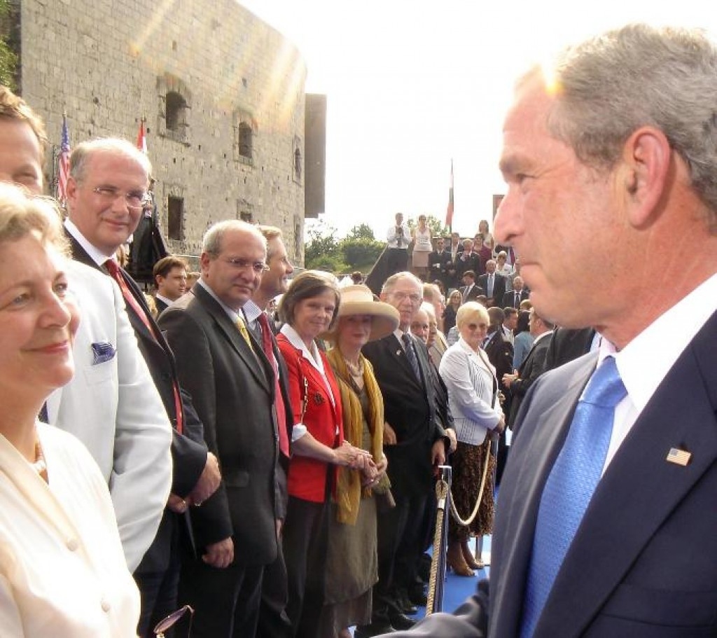 President Bush greets Mrs. Edith Lauer, HAC Chair Emerita during his visit to Budapest on Budapest on June 22, 2006