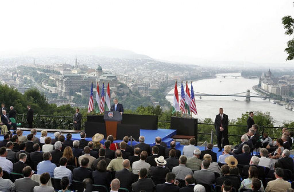 President George W. Bush speaks from Gellért Hill in Budapest, Hungary, Thursday, June 22, 2006