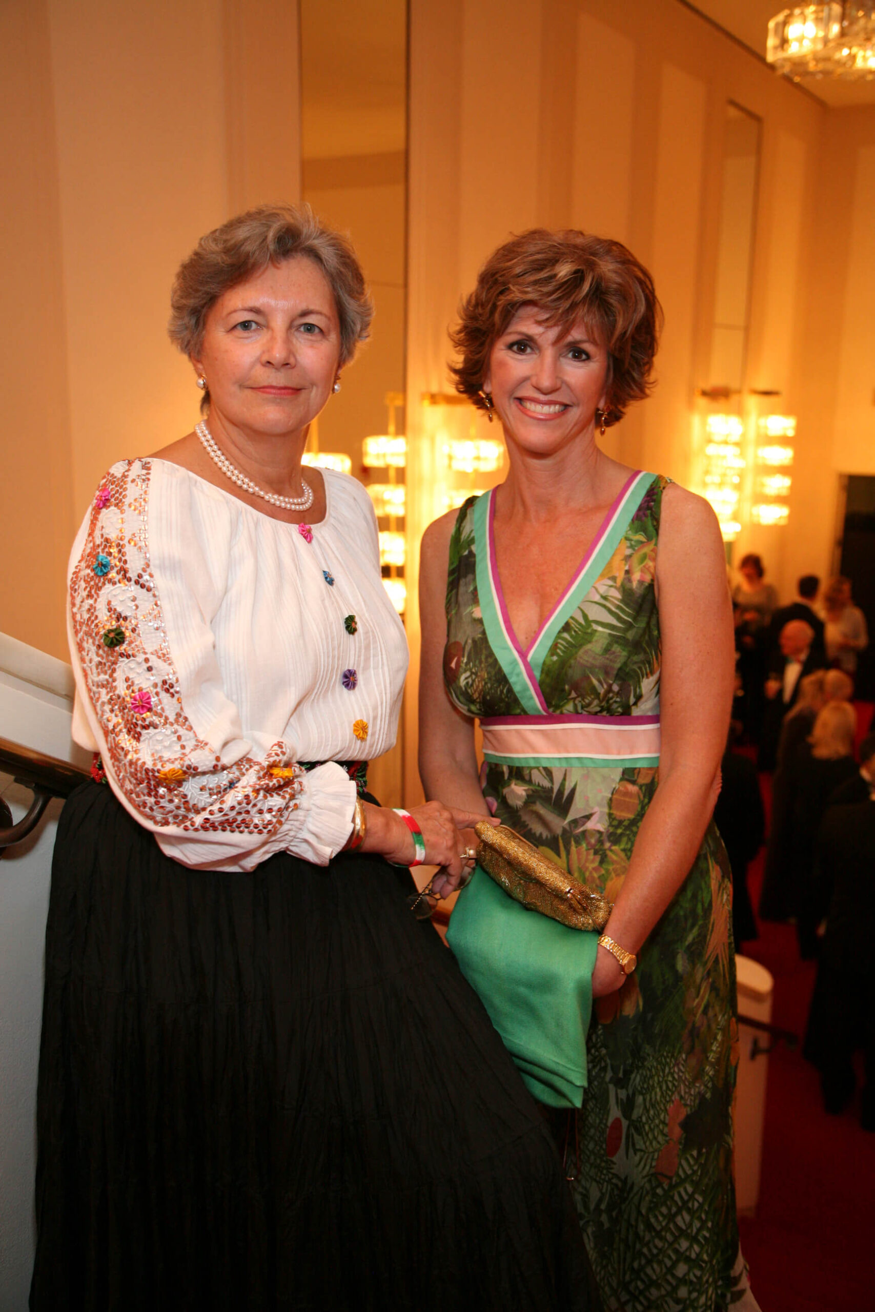 Mrs. Edith Lauer, and Ms. Susan Hutchison