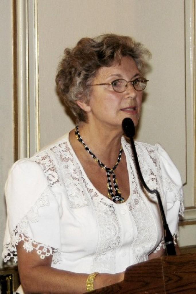 Mrs. Edith K. Lauer